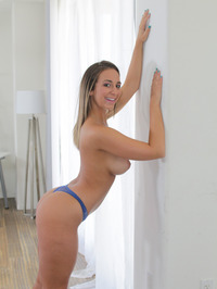 Gorgeous Layla London Shows Her Sexy Ass 04
