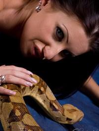 Nikki Rider With Snake 06