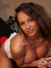 Nikki Sims Workout 2014 04