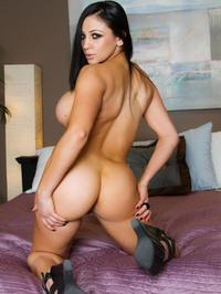 Audrey Bitoni Strips Off Her Black Lingerie 09