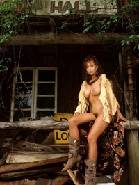 Shannon Long Classic Nude 06
