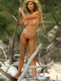 Shannon Long Classic Nude 09
