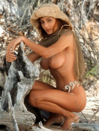 Shannon Long Classic Nude 10