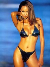 Tyra Banks Nude 01