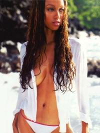 Tyra Banks Nude 03