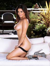Busty Latina Sunny Leone 09