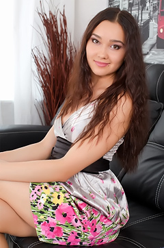 Sunny Alike Little Hot Teen