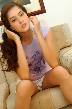 Amateur Brunette Teen Stripping