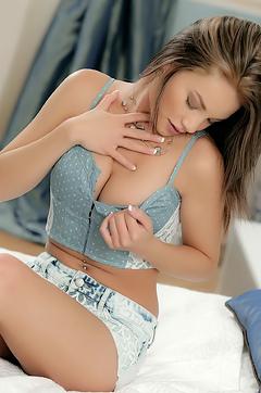 Nici Dee Masturbating In Her Bedroom