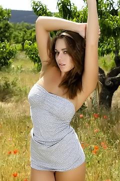 Sexy Teen April