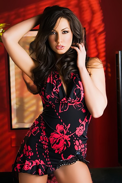 Tiffany Brookes Awesome Natural Curves
