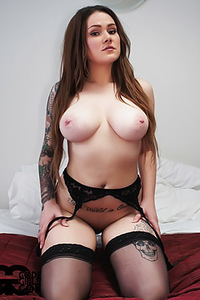 Heavy Chested Linda
