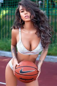 Russian Hottie Diana Melison