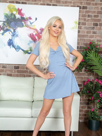 Just Can't Get Enough Of Elsa Jean 02