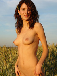 Dariya A Loves Being Naked 13