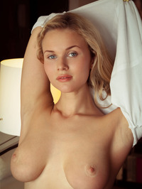 Tight blue jeans, white T-shirt, long blonde hair, blue eyes and big, round breasts - Caroline Abel 04