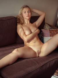 Tight blue jeans, white T-shirt, long blonde hair, blue eyes and big, round breasts - Caroline Abel 18