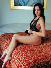 raven-haired Ukrainian babe Sultana 08