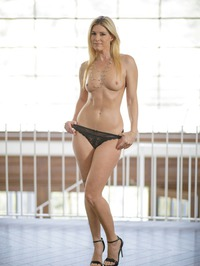 India Summer Perfect Milf 10