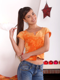 Gorgeous Lorena B is a vision of loveliness 00